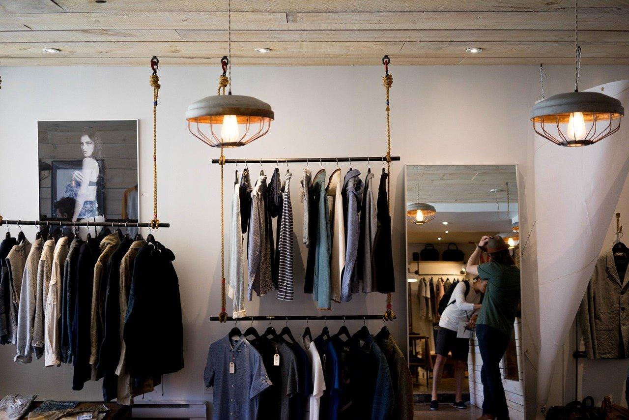 Chcete kvalitní oblečení? Volte konopné textilie, které se stávají IN