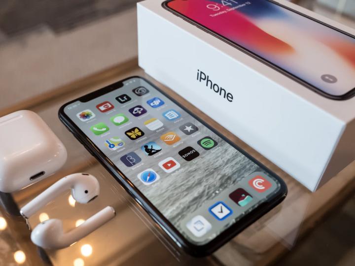 iPhone je uzavřený systém, do kterého se jen tak nedostanete